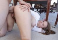 Jillian Brookes viene scopata da un cazzo grosso